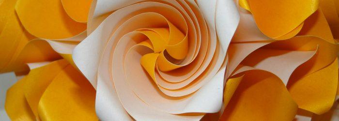 Papel, Dobragens e… Matemática
